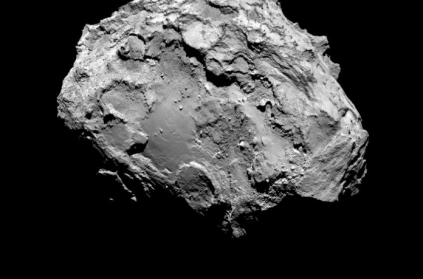 Cometa Churyumov-Gerasimenko ripresa dalla Sonda Rosetta By ESA