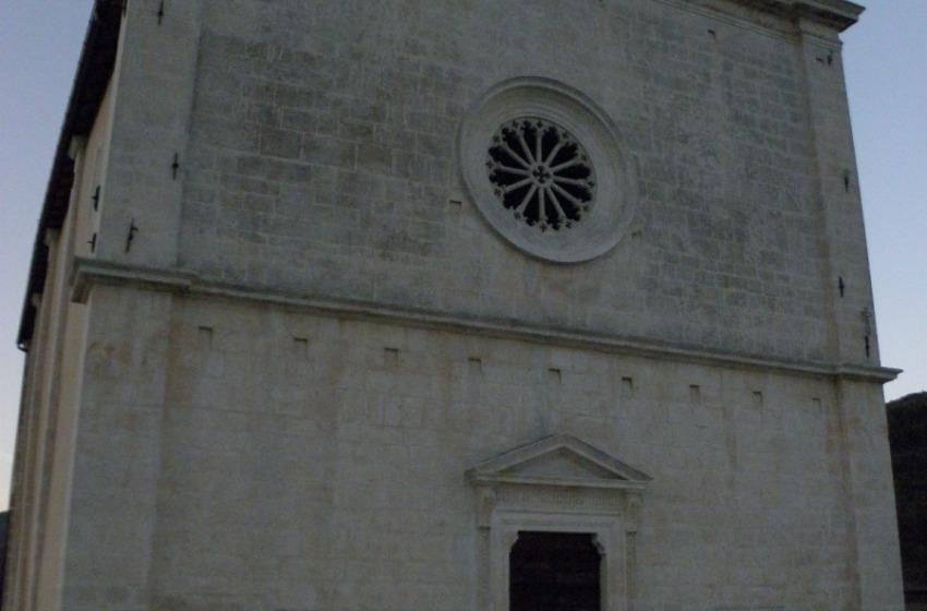 A Navelli riapre la chiesa trutturale della Madonna delle Grazie