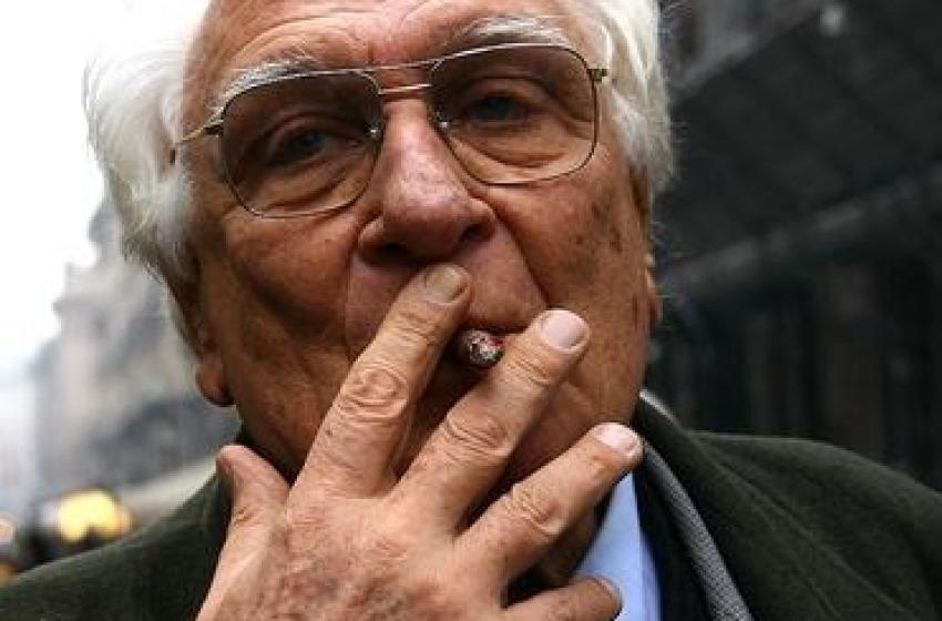 Auguri, Pannella: coro di tweet per gli 86 anni del 'leone' radicale