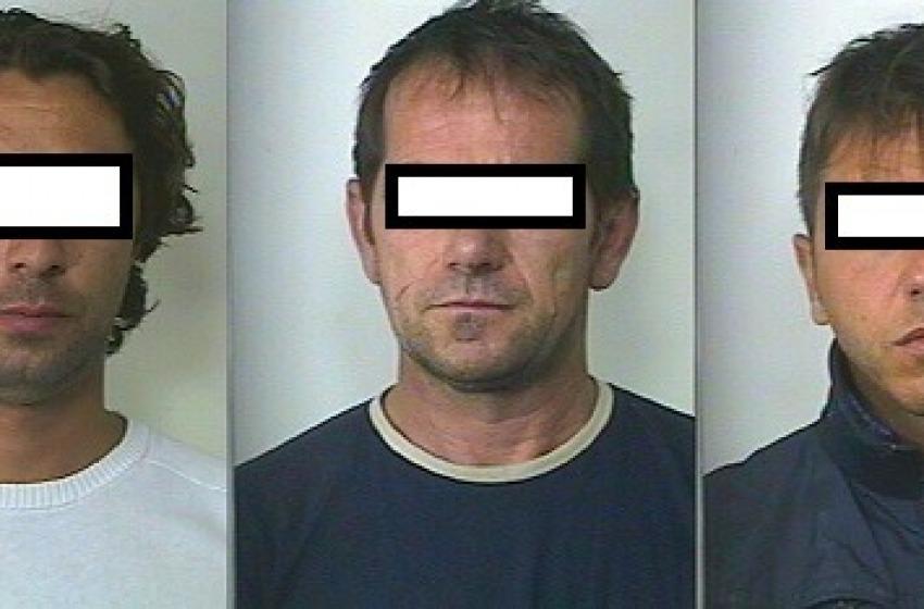 Rapinano ufficio postale a Rapino e poi sparano ai carabinieri