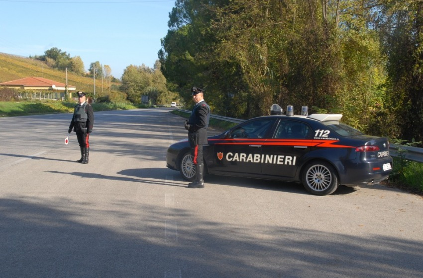 Banditi armati rapinano Tercas a Controguerra. Bottimo 8mila euro