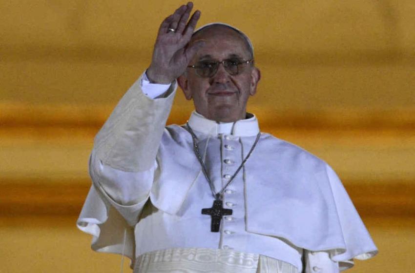 """Papa Francesco a Lanciano? Cardinal Comastri, """"Lo spero"""""""