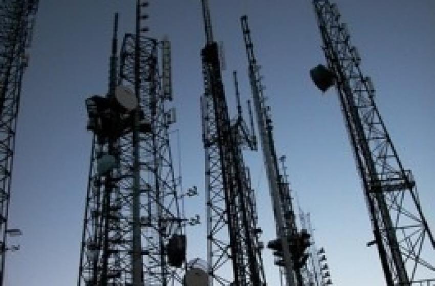 Pescara, antenne in via San Francesco: bloccati i lavori