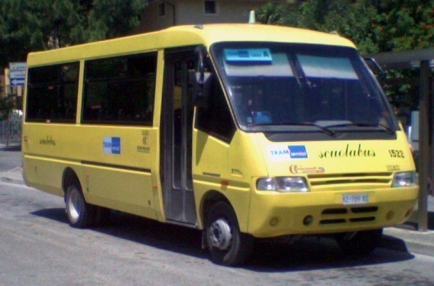 Manca l'assicurazione, sequestrato uno scuolabus