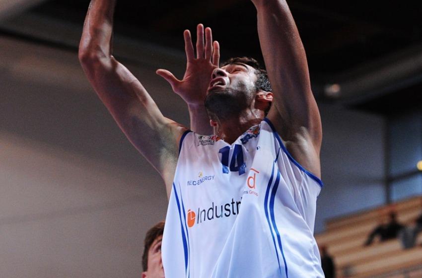 Basket, Roseto rimanda ancora l'appuntamento con la vittoria