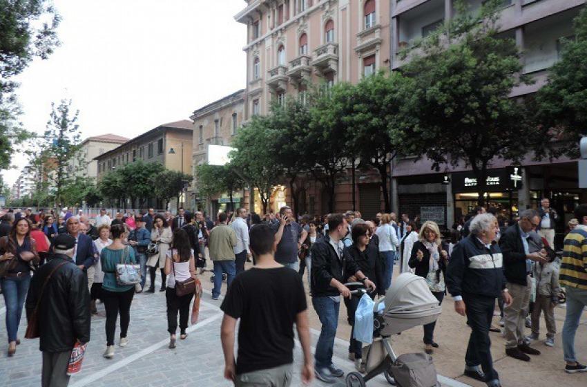 Corso Vittorio: prima il corteo, poi le diffide e il blocco a oltranza