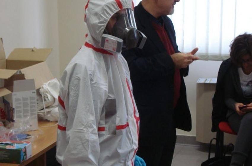 La Asl prepara medici e infermieri ad affrontare l'emergenza Ebola
