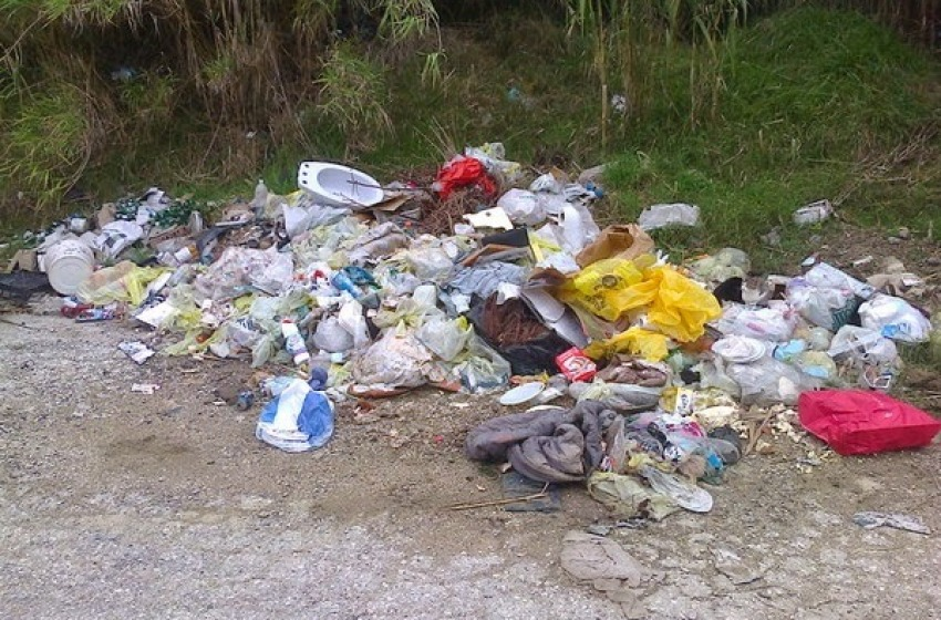 Teramo, nuove discariche a pochi metri dalla zona di Villa Pavone
