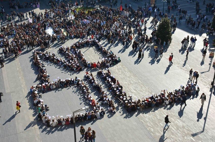 """Pescara """"No Oil"""": in Piazza salotto la protesta anti-trivelle"""