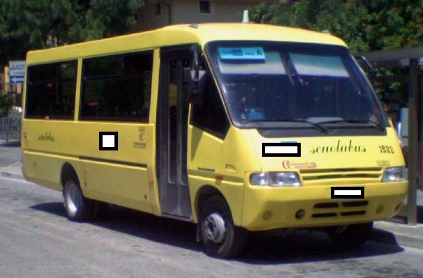 Teramo, scoperto altro scuolabus irregolare: autista nei guai