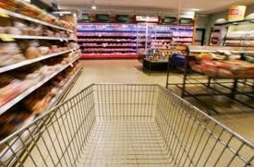 Crollo dei consumi negli ipermercati. A rischio centinaia di posti