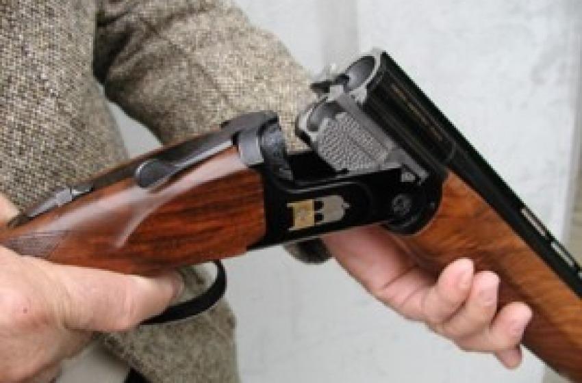 Incidente di caccia nei boschi di Scafa: 60enne colpito da proiettile