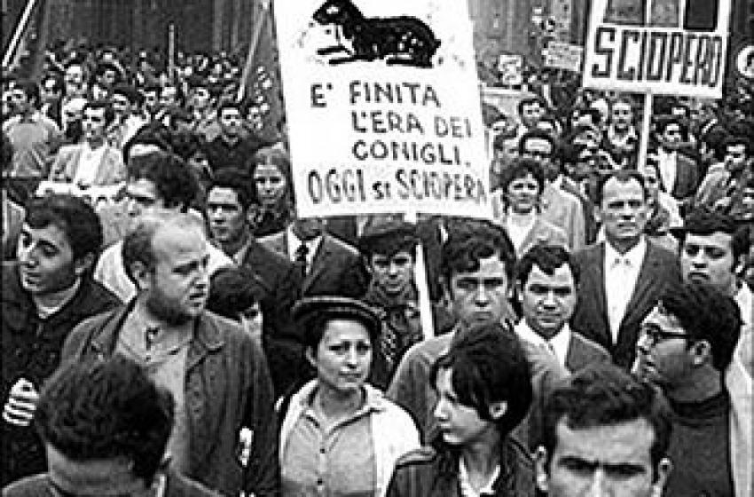 """A Pescara il """"corteo dei diritti"""": in 6mila per chiedere lavoro e dignità"""