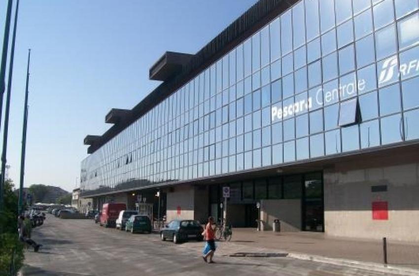 Spazi inutilizzati alla stazione ferroviaria di Pescara