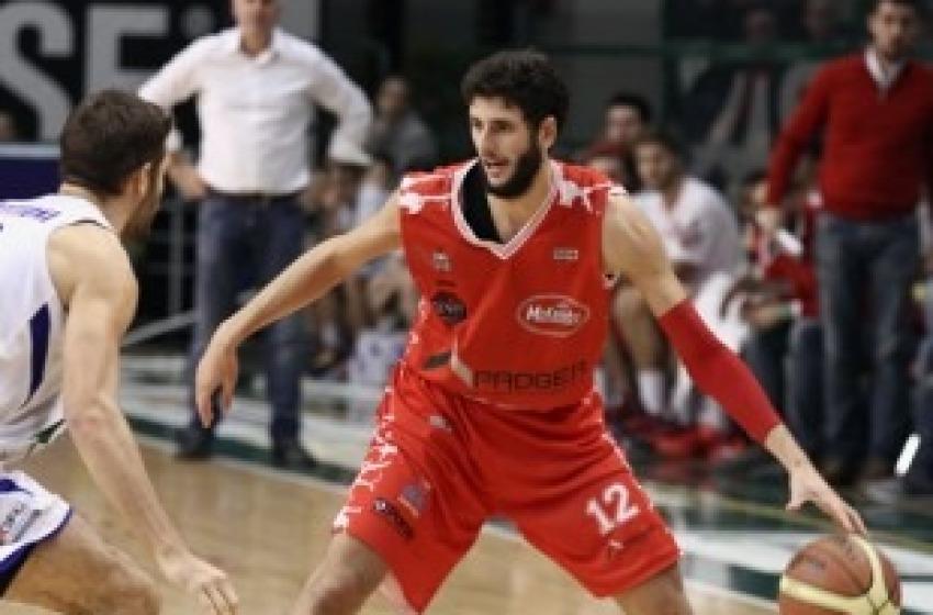 Basket, Proger Chieti battuta sul finale: a Ferrara finisce 79-75