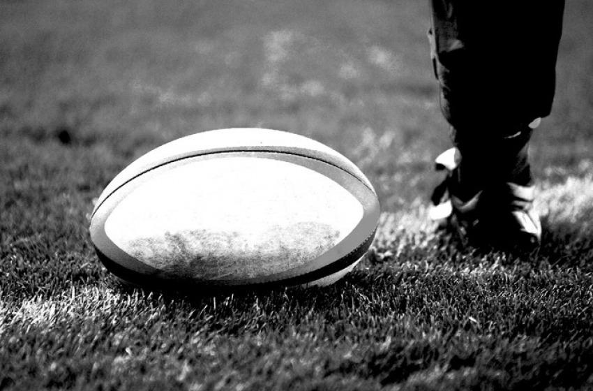 Rugby: L'Aquila gioca in casa, maglia con i disegni dei bimbi