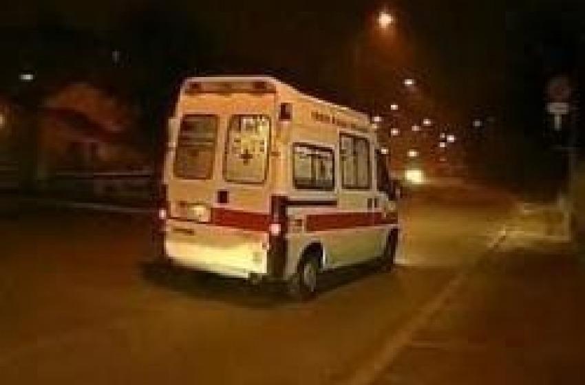 Auto ribaltata a Silvi, 16enne in prognosi riservata