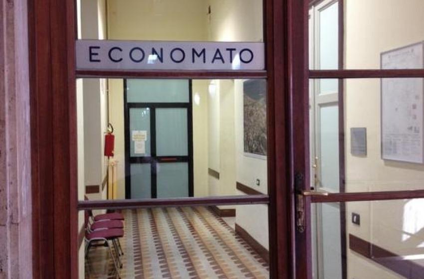 Oggetti smarriti, all'Economato di Pescara c'è di tutto