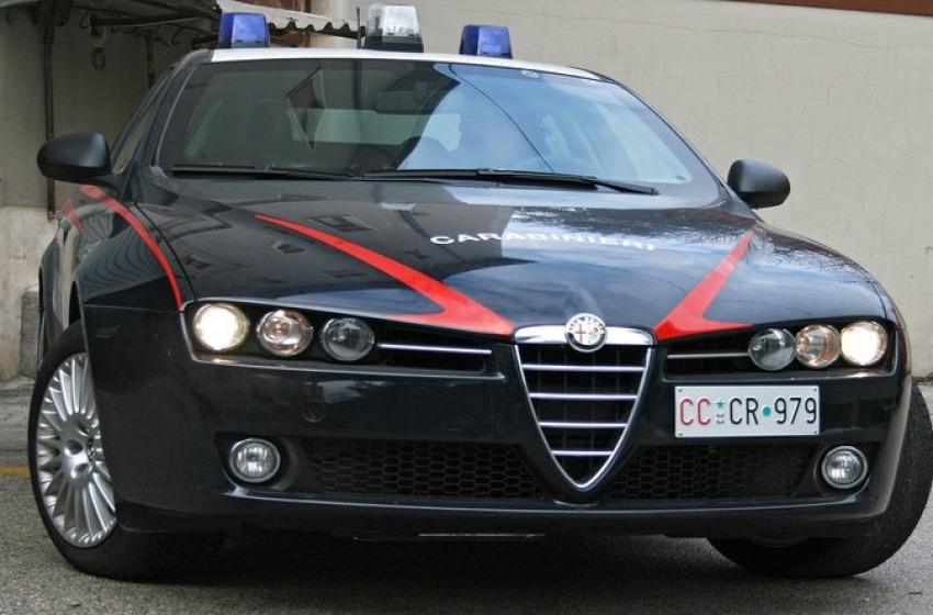 Rom tenta un furto, fermata da un Carabiniere fuori servizio