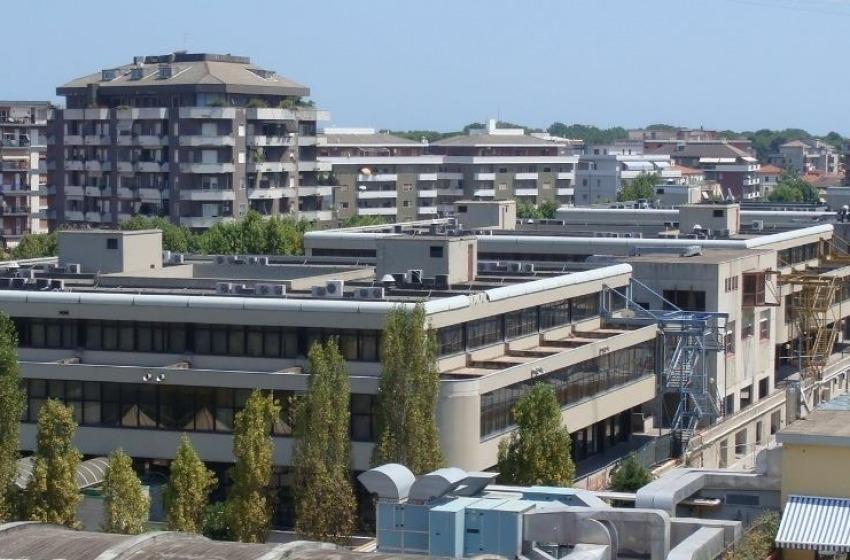 """Università Chieti: gli studenti, """"Non abbiamo uno spazio per ragionare"""""""