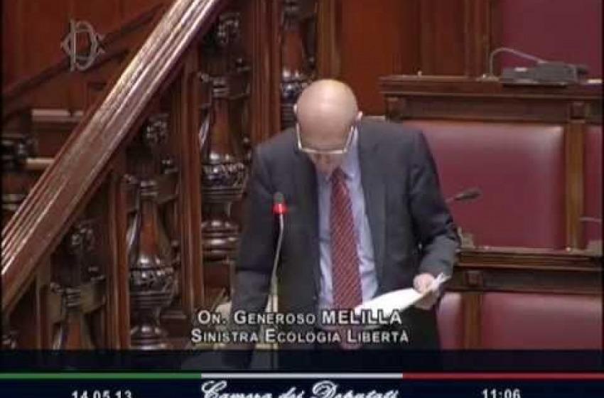 Melilla (SEL) ferito in Parlamento durante scontri sulle Riforme Costituzionali