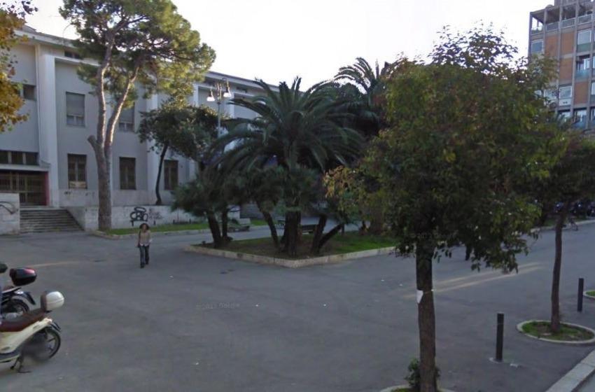 Piazza Alessandrini, l'ex tribunale è diventato piazza di spaccio