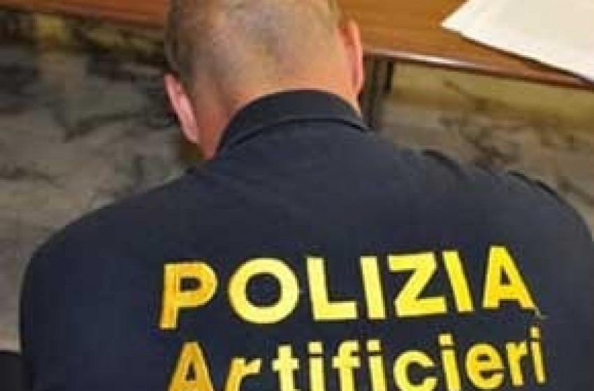 Pescara, (falso) allarme bomba davanti alla Questura