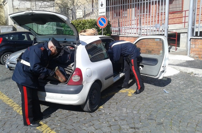 Rubano 100 chili di rame, arrestati dopo un inseguimento