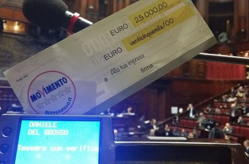 Il MoVimento come Robin Hood: restituiti al popolo 350mila euro