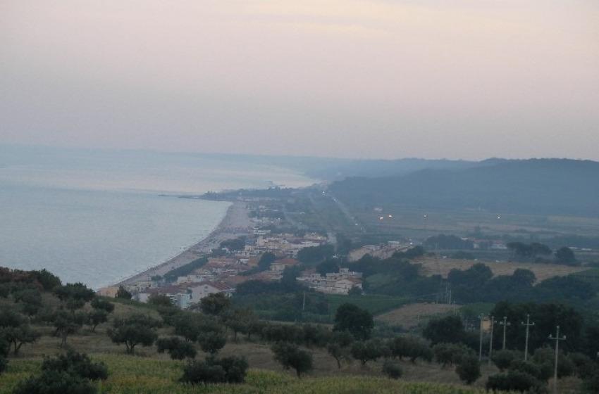 La Perla d'Abruzzo ha un nome: Fossacesia (per il suo mare azzurro)