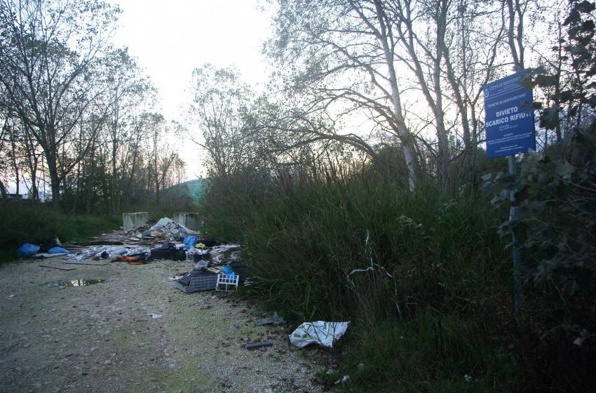 Montesilvano nel caos per i rifiuti. Ma per Cilli lo sciopero è irregolare