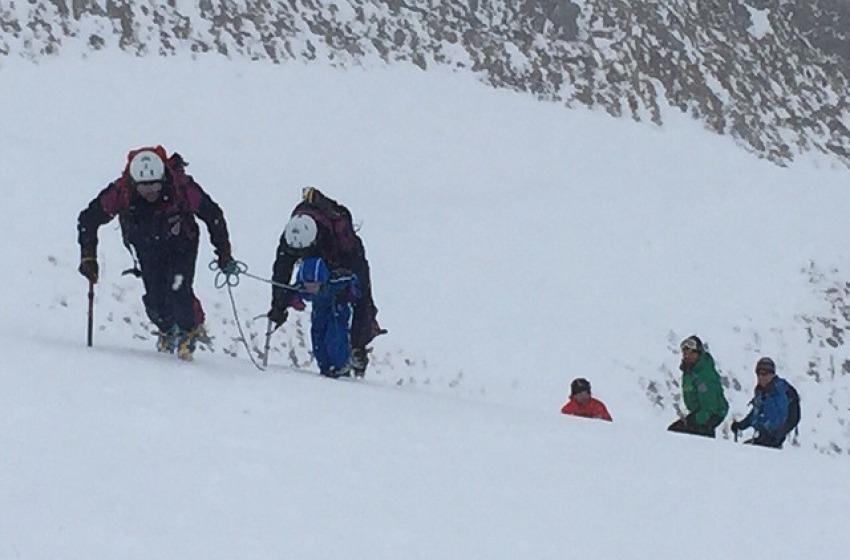 Escursionisti in difficoltà recuperati sulle rocce del Gran Sasso