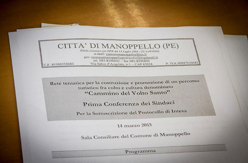 """Il """"cammino"""" del Volto Santo: firmato protocollo d'intesa tra Abruzzo e Lazio"""