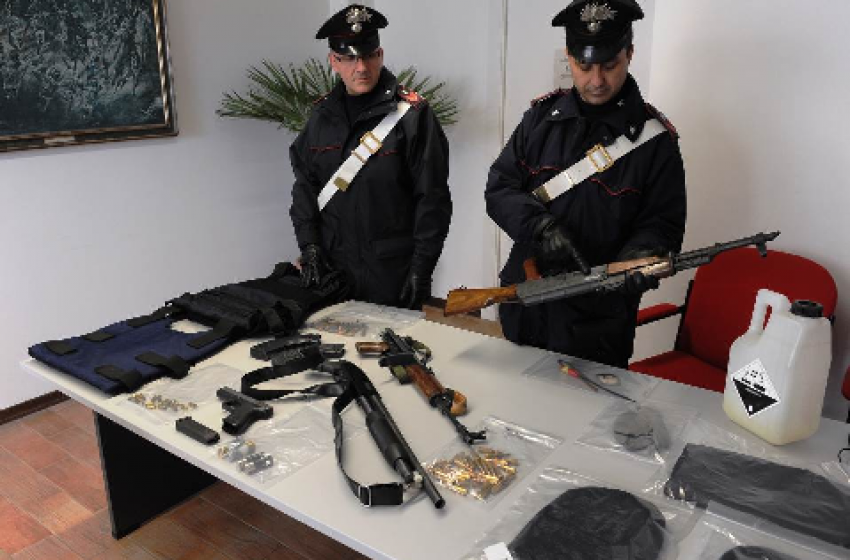 Scoperta l'identità del trafficante di armi e munizioni da guerra