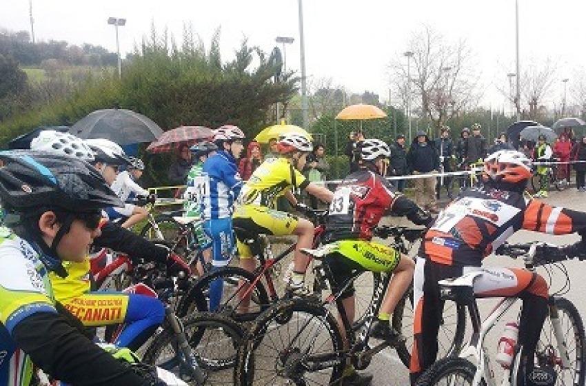 Domenica a Pineto il primo Grand Prix del Centro Italia MTB
