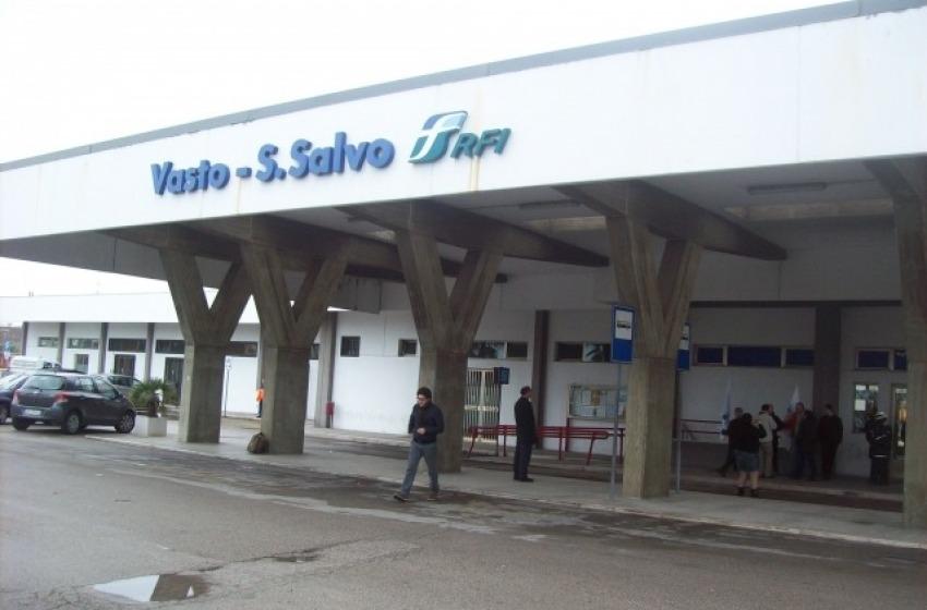 """Stazione di Vasto-San Salvo, Smargiassi (M5S): """"Vogliamo il Freccia Bianca"""""""
