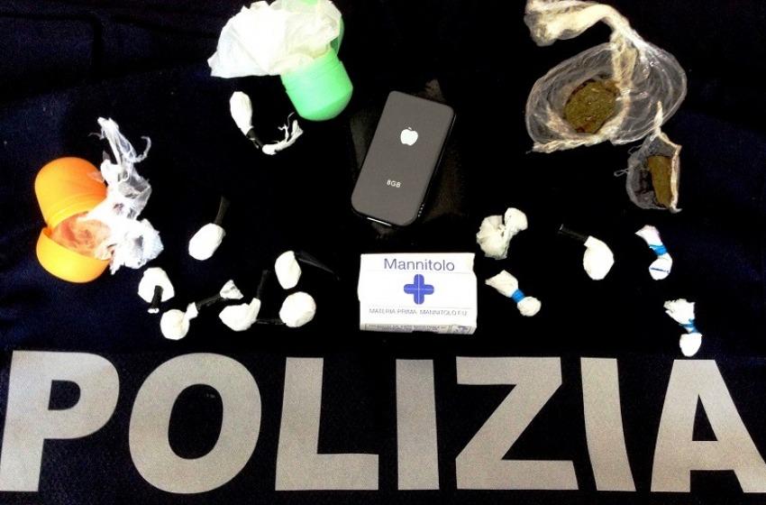 Tagliava la cocaina con mannite e tachipirina. Denunciato