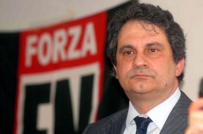 'No Fiore', raid anti Forza Nuova a Martinsicuro