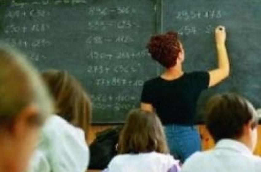 """Un assistente scolastico """"si sfoga"""" con AbruzzoIndependent.it"""