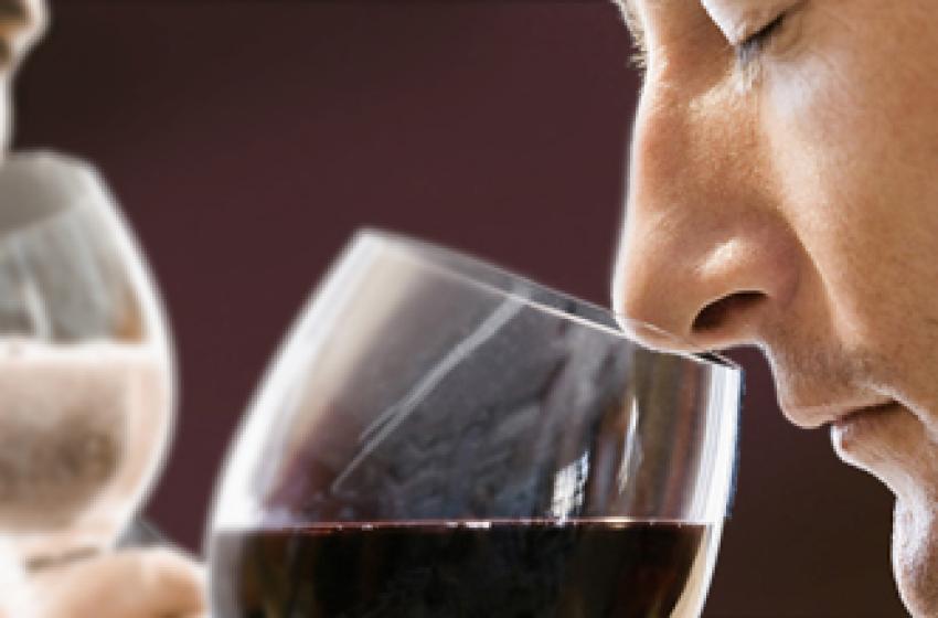 Montesilvano. L'esperienza e la conoscenza del mondo del vino in LIS
