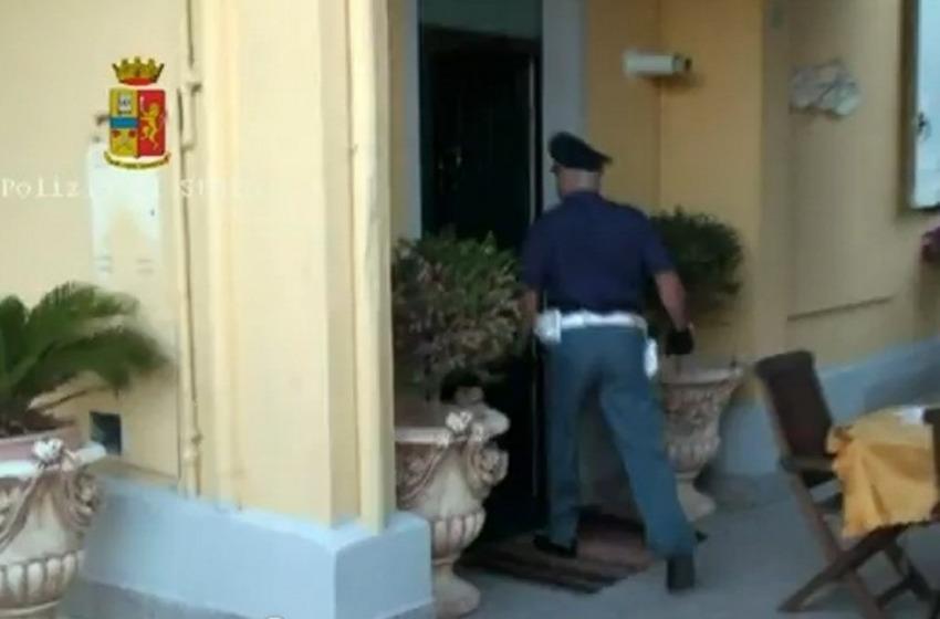 Pescara, via Vespucci: sgomberata villetta confiscata a famiglia rom