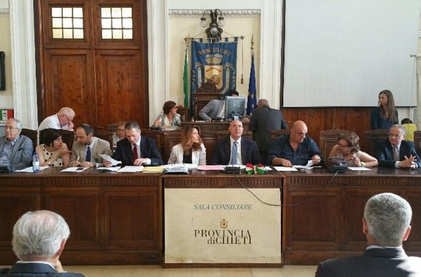 Chieti, si è insediato il nuovo Consiglio a conduzione Di Primio