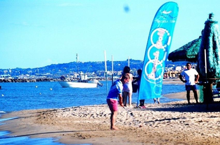 Beach Golf escluso da Mediterranea, De Marco polemico con Petrosino