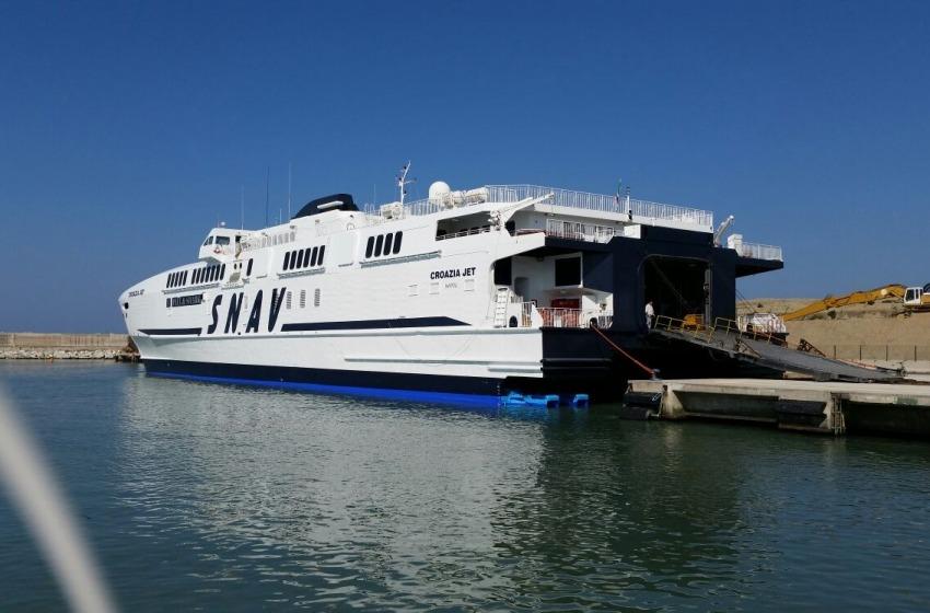 Turismo. Viaggio inaugurale per il catamarano Aquila della Snav