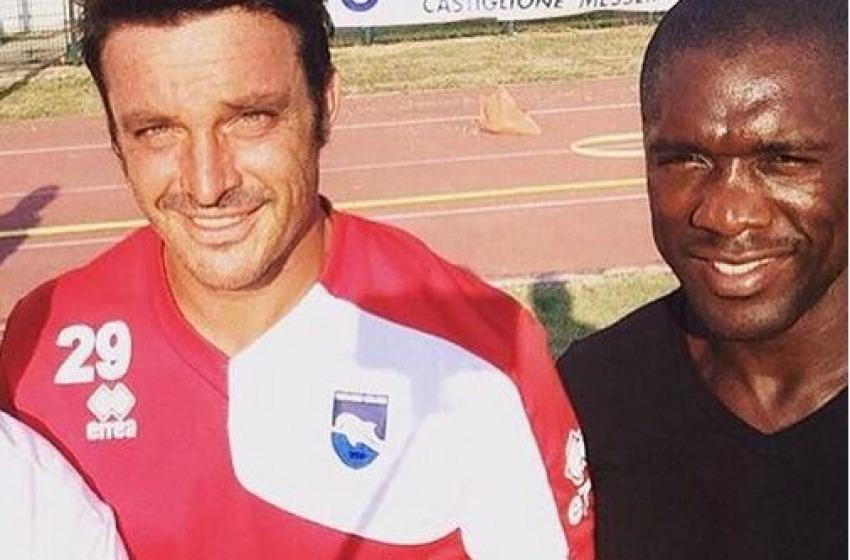 L'ex allenatore del Milan Clarence Seedorf saluta l'amico Oddo