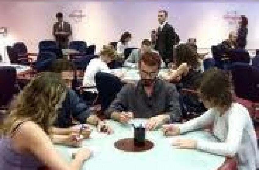 Montesilvano capitale del gioco d'azzardo. Molte famiglie a rischio povertà