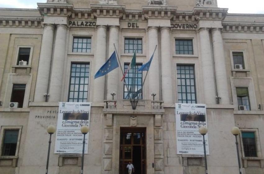 Provincia di Pescara si mette in busta paga 250mila euro di produttività 2014
