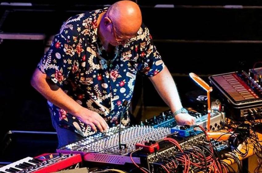 """""""Sound Design coi sintetizzatori"""", la novità creativa con Enrico Cosimi"""