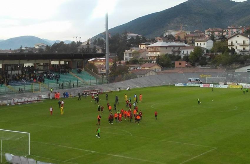 L'Aquila torna alla vittoria battendo 2-1 la Carrarese