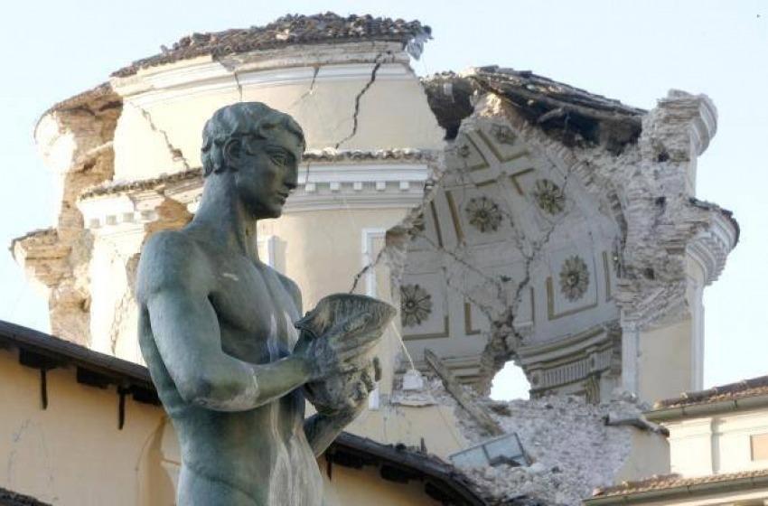 Smart city security, sopralluogo nel centro storico dell'Aquila